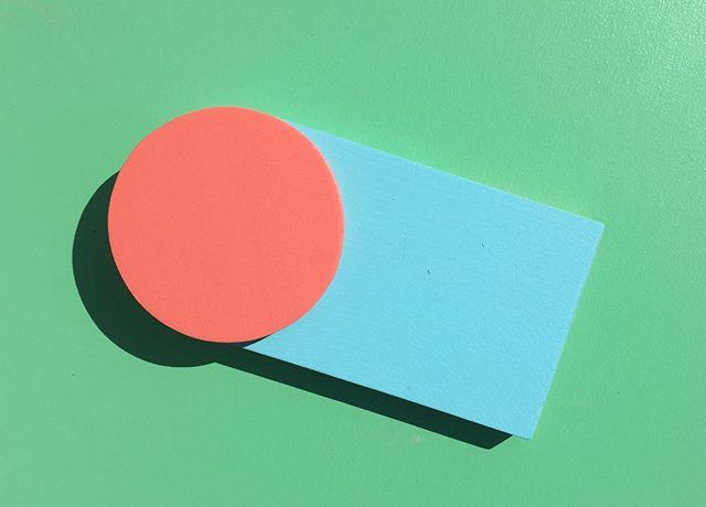 #happymonday . . . . . . #design #designlife #designers #furniture #furnituredesign #minimal #minimaldesign #drawing #collage #designnotart #color #minimalzine #minimalism #minimalist #nola #showmeyournola #local #rentalmag #rsa_minimal #tv_simplicity#play #minimalmood #designs #designideas #designporn #featureshoot #designer