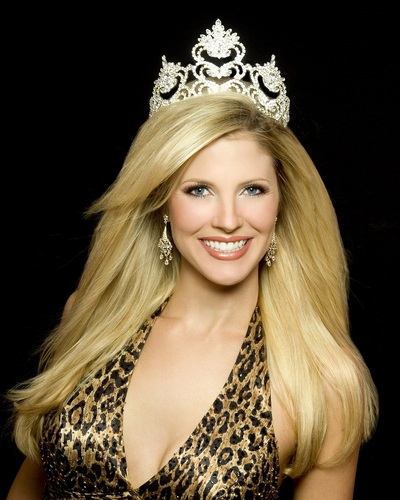 Mrs. North Carolina 2008 / Mrs. America 2009 - Maureen Errato