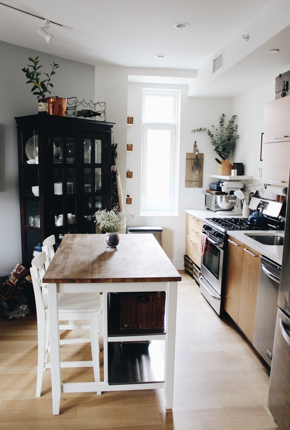 apartment tour: kitchen — Treehouse Freehouse | An urban sustainable ...
