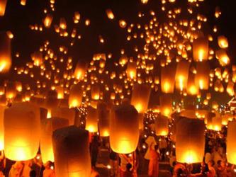 loi_kratong_festival_in_chiang_mai31.jpeg