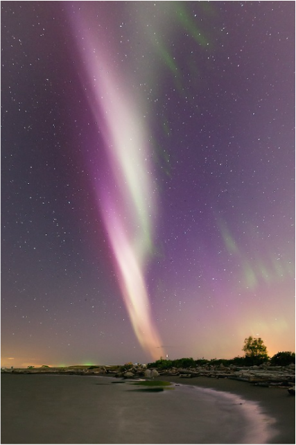 Photo: Aurora borealis over Richmond, British Columbia, Canada, on May 7, 2016 (credit: Ding Ying Xu, posted on SpaceWeather.com)
