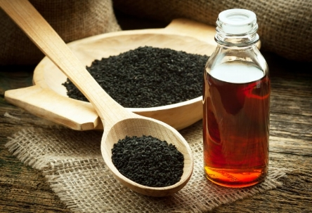 black-cumin-oil-2.jpg