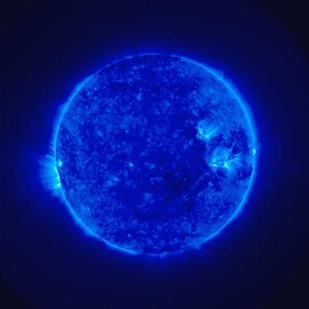 600px-Sun_STEREO_4dec2006_lrg.jpg