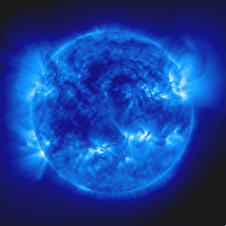 Sun_seen_in_deep_ultraviolet_www.sunshinedna.com.jpg