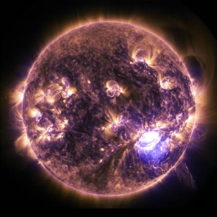 x1-8-class-solar-flare-dec-19-2014.jpg