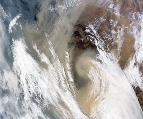 massive-sandstorm-over-Ch-017.jpg