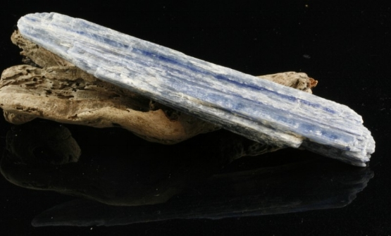 kyanite-wand-25-[2]-2093-p.jpg
