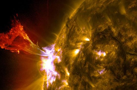solar-flare-660.jpg