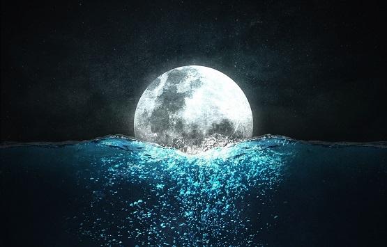 moon-1217725_1920.jpg