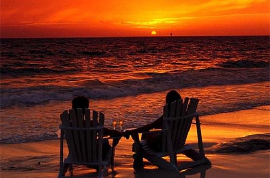 Couple-Sunset-Chair.jpg