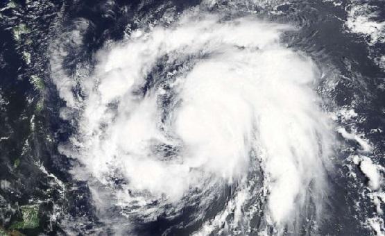 hurricane-maria-storm-01-as-rt-170918_12x5_992.jpg
