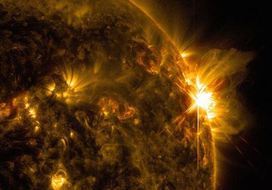 la-sci-sn-two-x-class-solar-flares-20140610.jpg