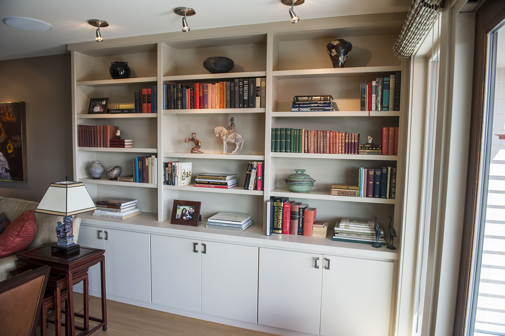 Lake Oswego Contemporary Remodel Bookshelf