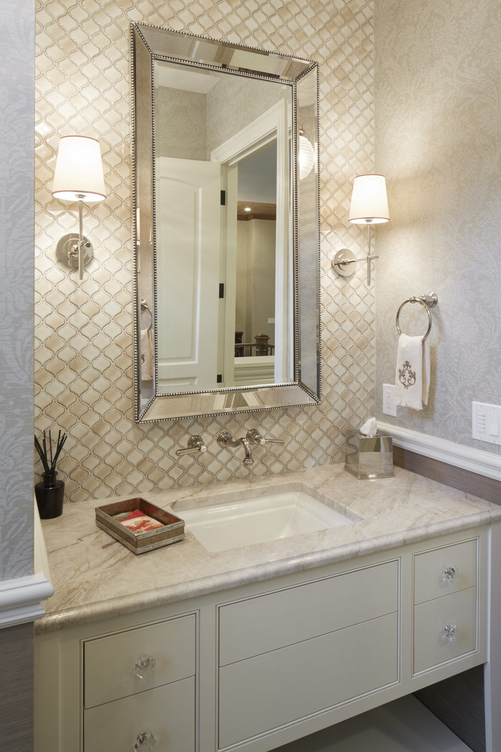 Newberg Custom Home Bathroom Tile