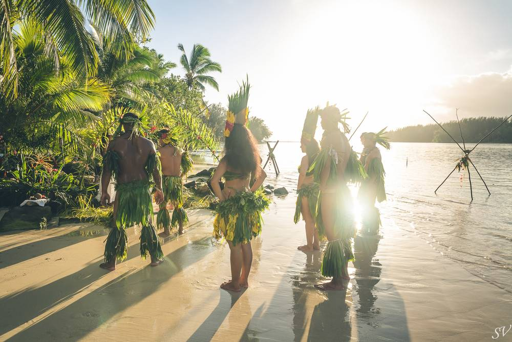 Destination wedding in Polynesia