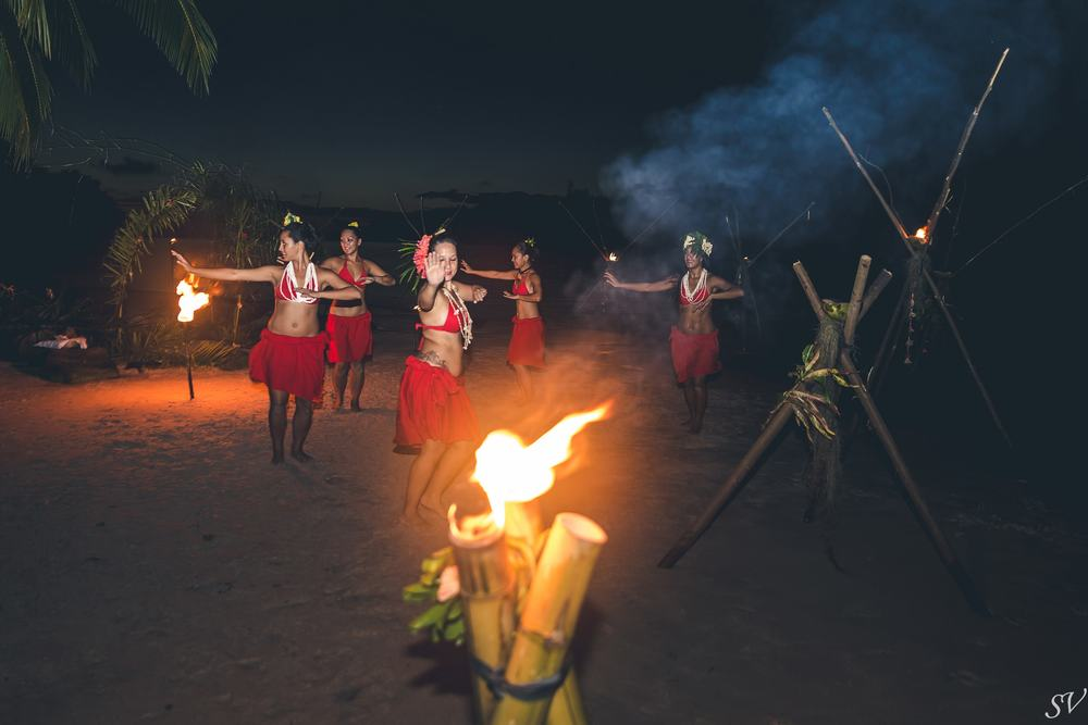 Fire dance show in Moorea