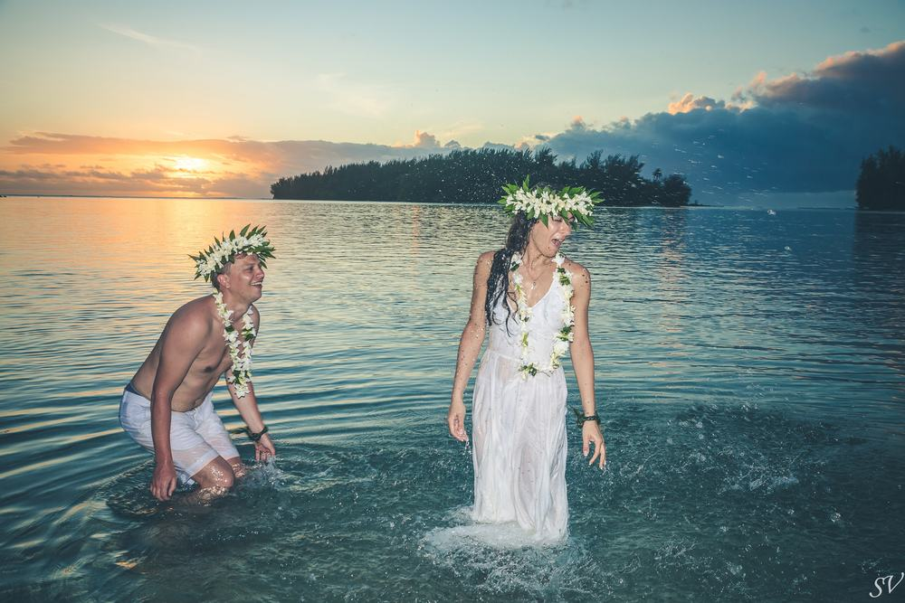 Trash the dress into the lagoon