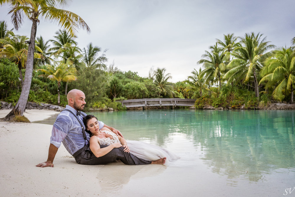 Honeymoon between Katy Hearn and Haydn Schneider photographed by sv photograph at the Four Seasons Bora Bora