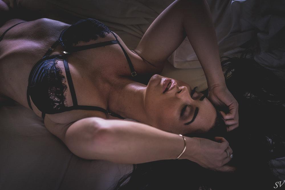 katy-boudoir-noir-13.jpg
