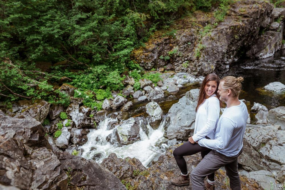 Vancouver Island engagement photoshoot