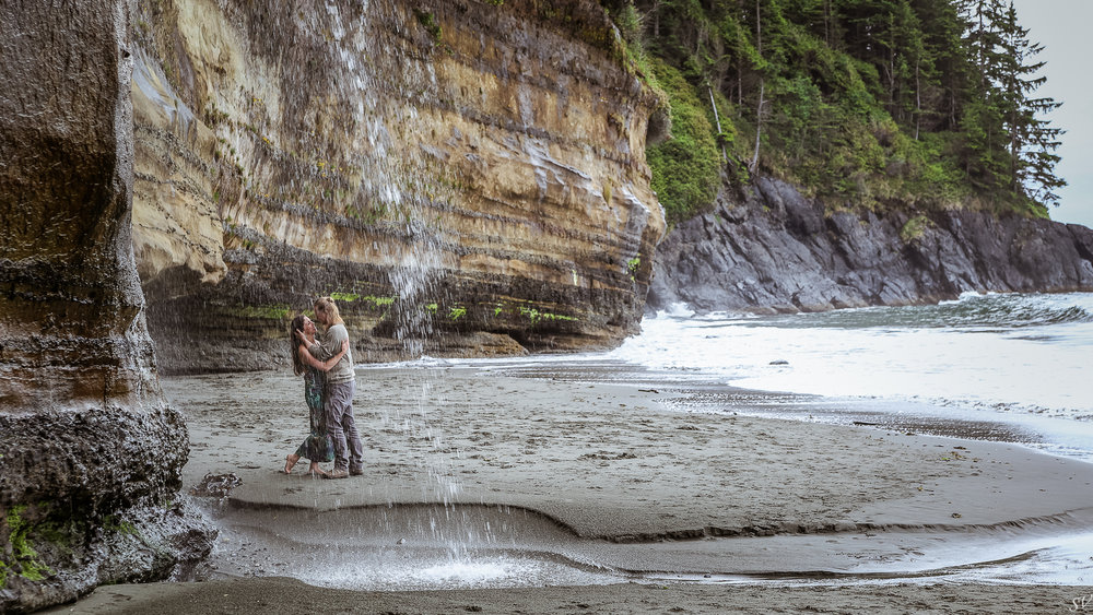 Engagement shoot in Sooke