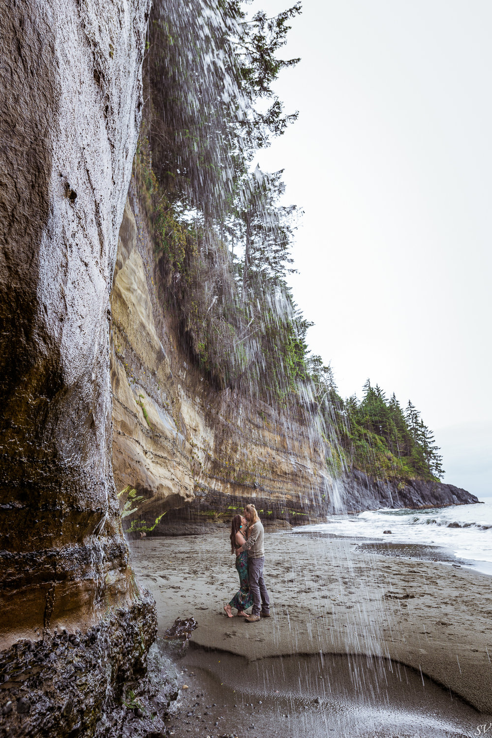 engagement photoshoot in Sooke, Mystic beach