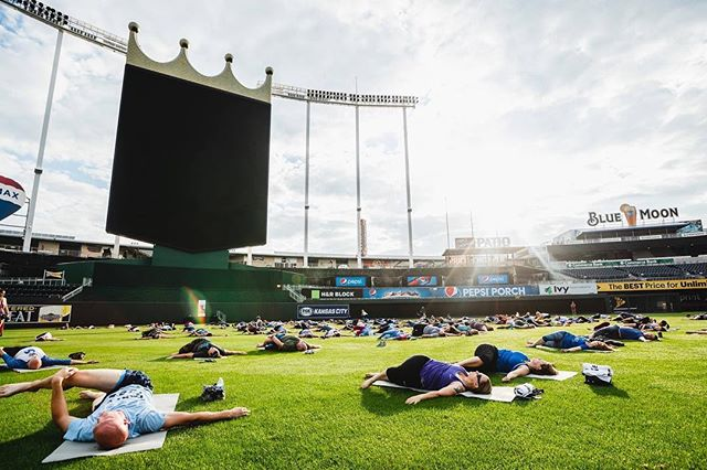 Namaste Kansas City🙏 What an amazing morning of Yoga in the Outfield. Thank you for flowing with us. We are so beyond grateful for each and every one of you who joined us today. Many thanks to @kcroyals for having us! #koremovement #yogisintheoutfield ☀️. pc: @samshazam_