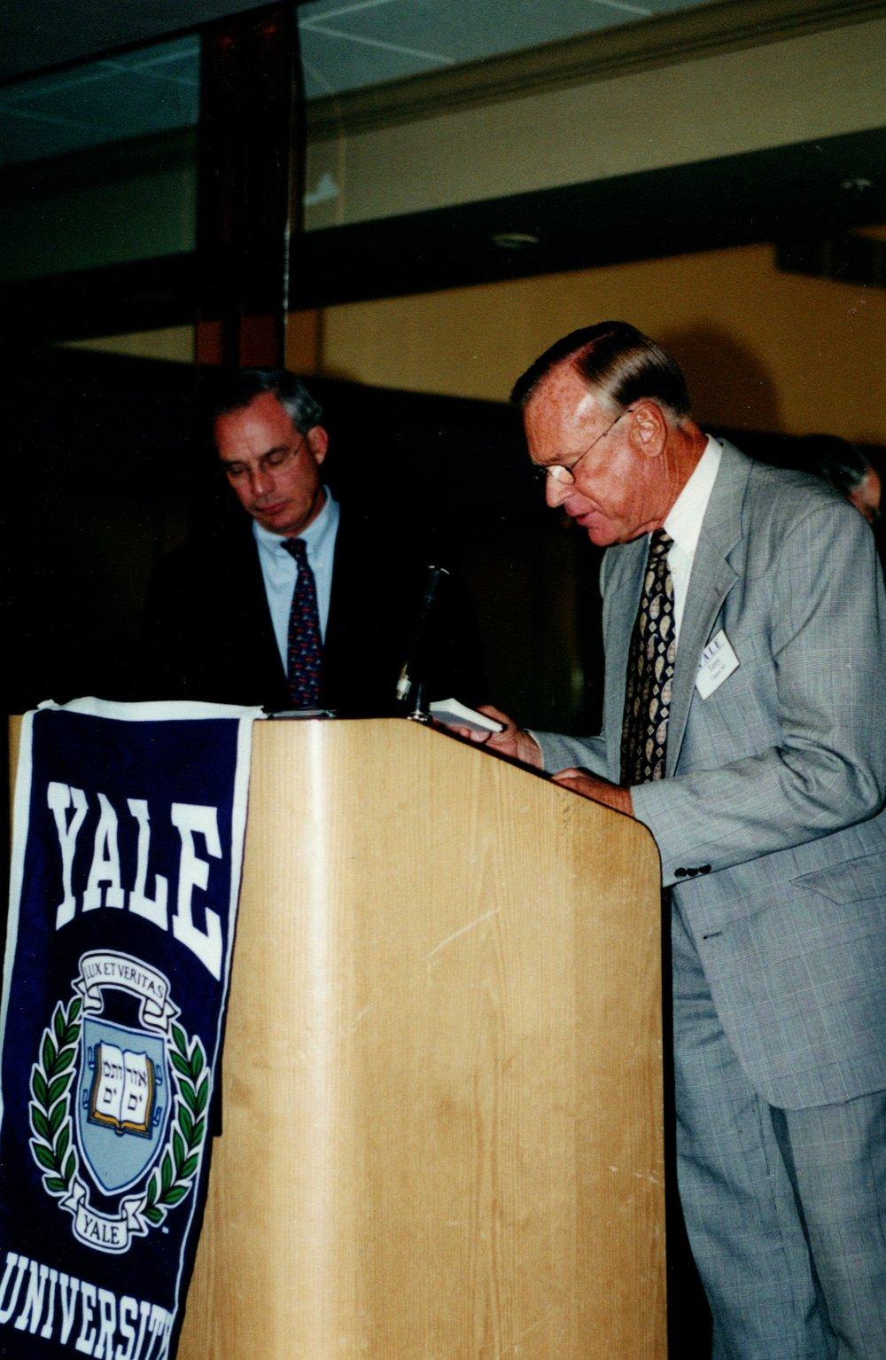 4_2_2001 -4TH TERCENTENNIAL SPEAKER TRIBUTE PROGRAM HOSTED BY NORTHERN TRUST 13.jpg