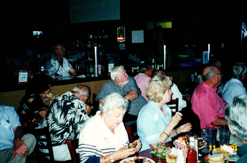 11_17_2001 - THE GAME - SPECTATORS GRILL 4.jpg