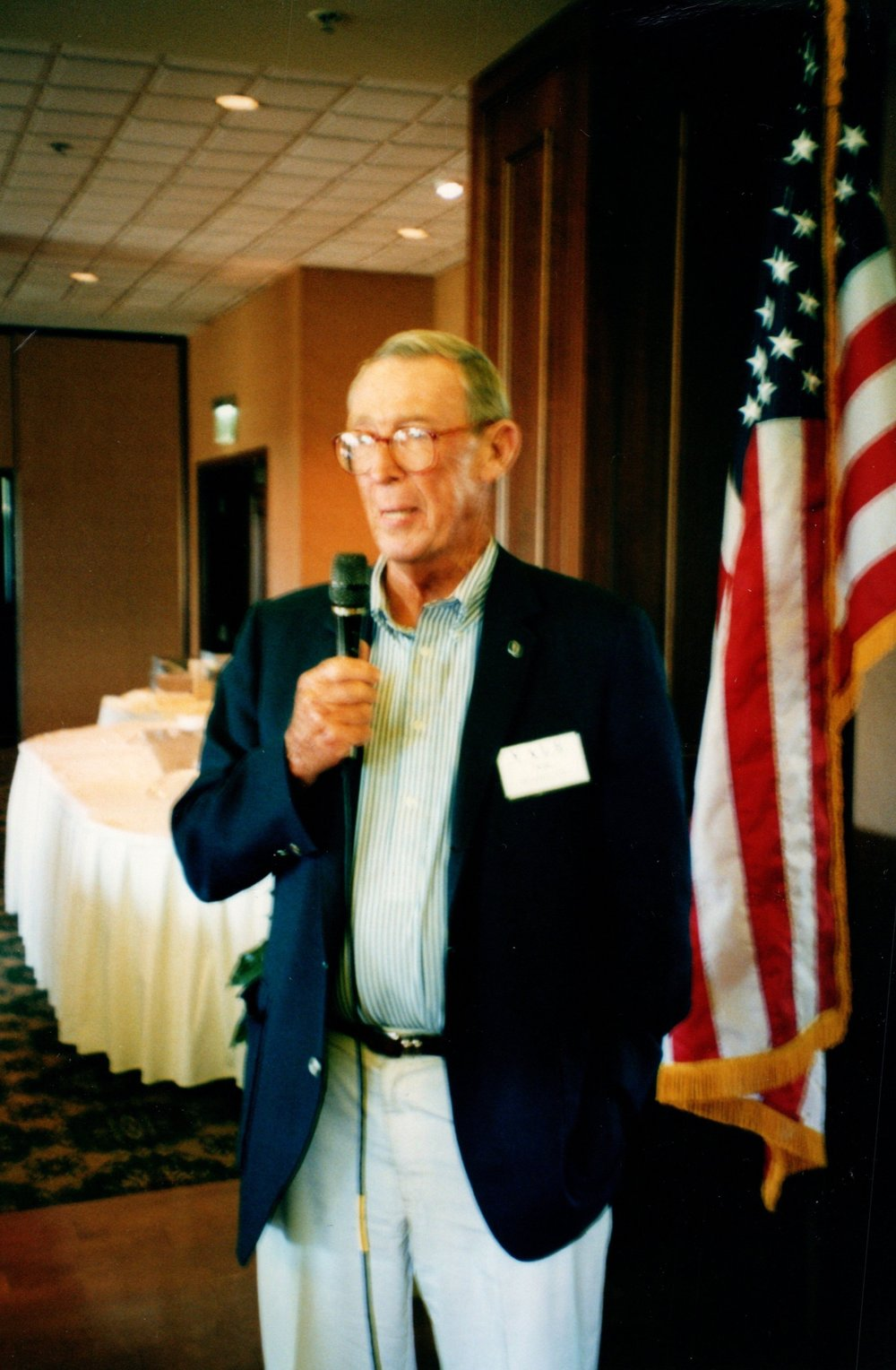 3_13_2003 - COACH SIEDLECKI LUNCHEON - VINEYARDS COUNTRY CLUB 1.jpg