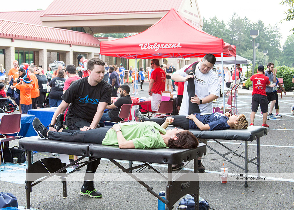 arrow-physicaltherapy-stretch-run-running-5k-marathon-lakeview5k-edison-nj-njid-lakeviewschool-cerebralpalsy
