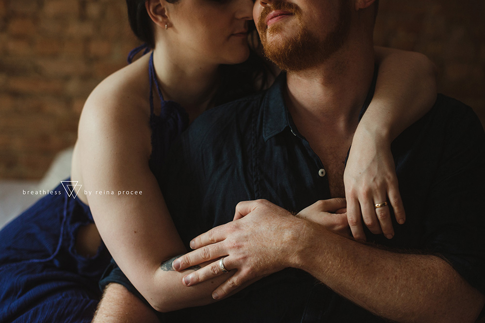 female-feminine-women-portraiture-boudoir-photography-montreal-couple-anniversary-empowerment-portrait-photographe-photographer-erotic-classic-8.png