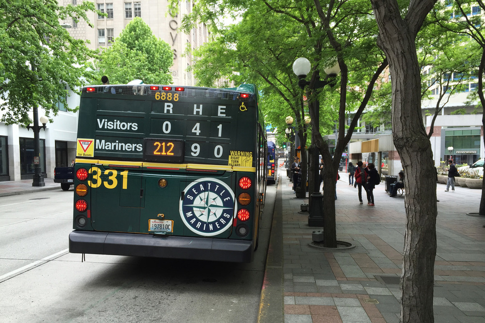mariners-bus scoreboard3.jpg