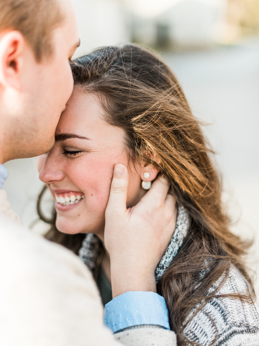 Sweet Briar College Engagement | Blue Ridge Mountains | Husband and Wife Team | Lynchburg, Virginia | Kelsey & Nate | kelseyandnate.com