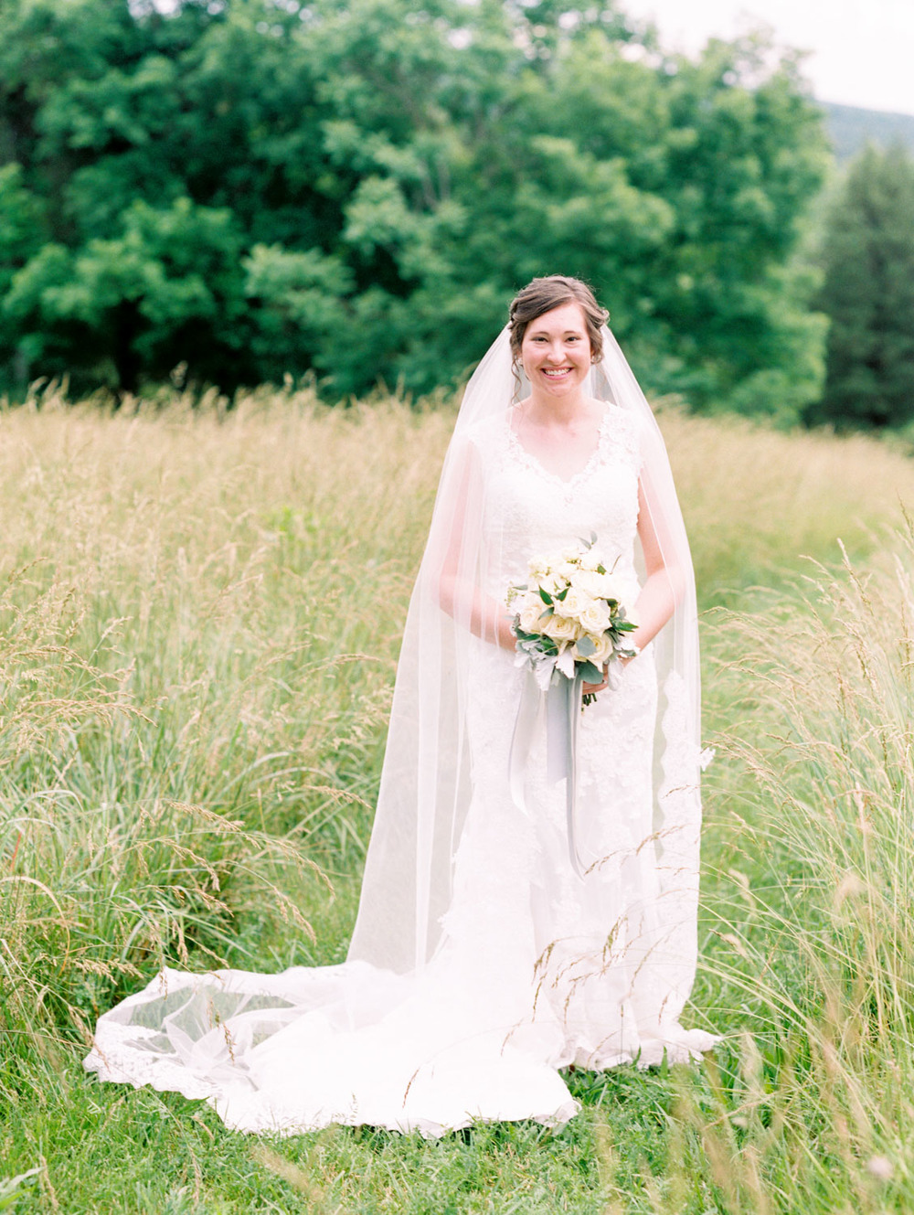 Lynchburg Virginia | Sorella Farms | Charlottesville Virginia | Wedding Photographer | Kelsey & Nate | kelseyandnate.com | Scottish Wedding Lacey Dress