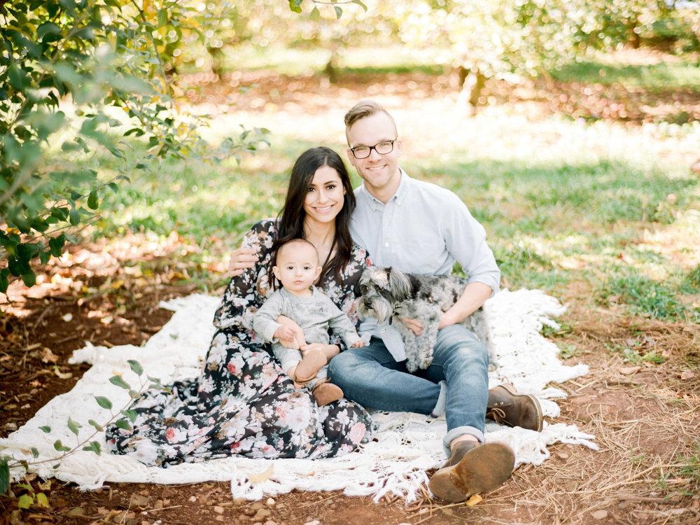 Charlottesville_Charlotte_North_Carolina_Richmond_Virginia_Family_Wedding_Film_Photographer-18.jpg
