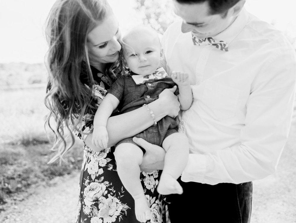 lynchburg_charlotte_family_wedding_film_photographer_virginia_north_carolina-16.jpg