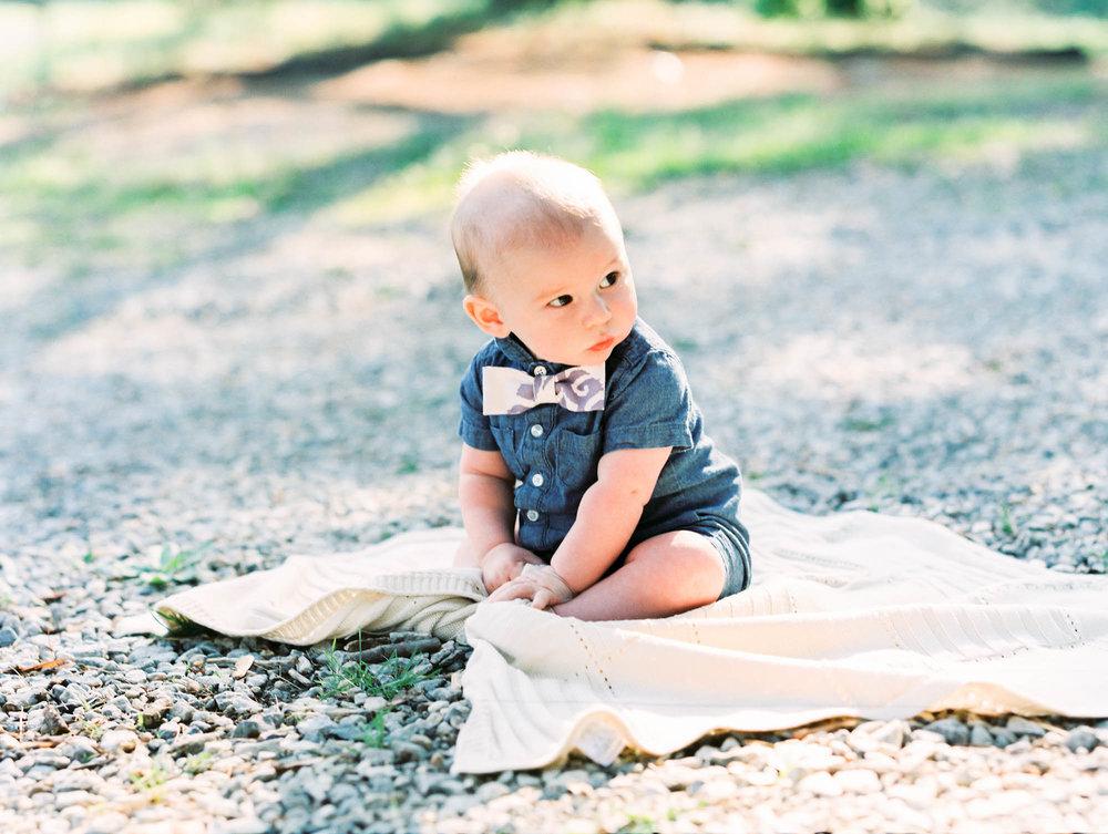 lynchburg_charlotte_family_wedding_film_photographer_virginia_north_carolina-23.jpg