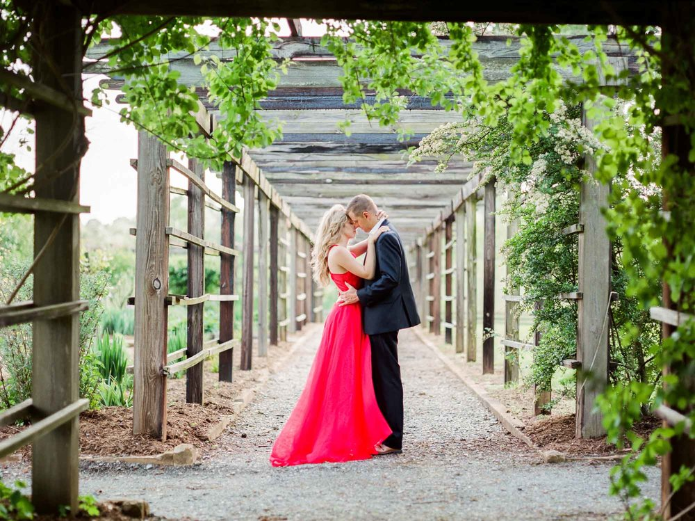 charlotte_lynchburg_film_family_wedding_photographer-31.jpg