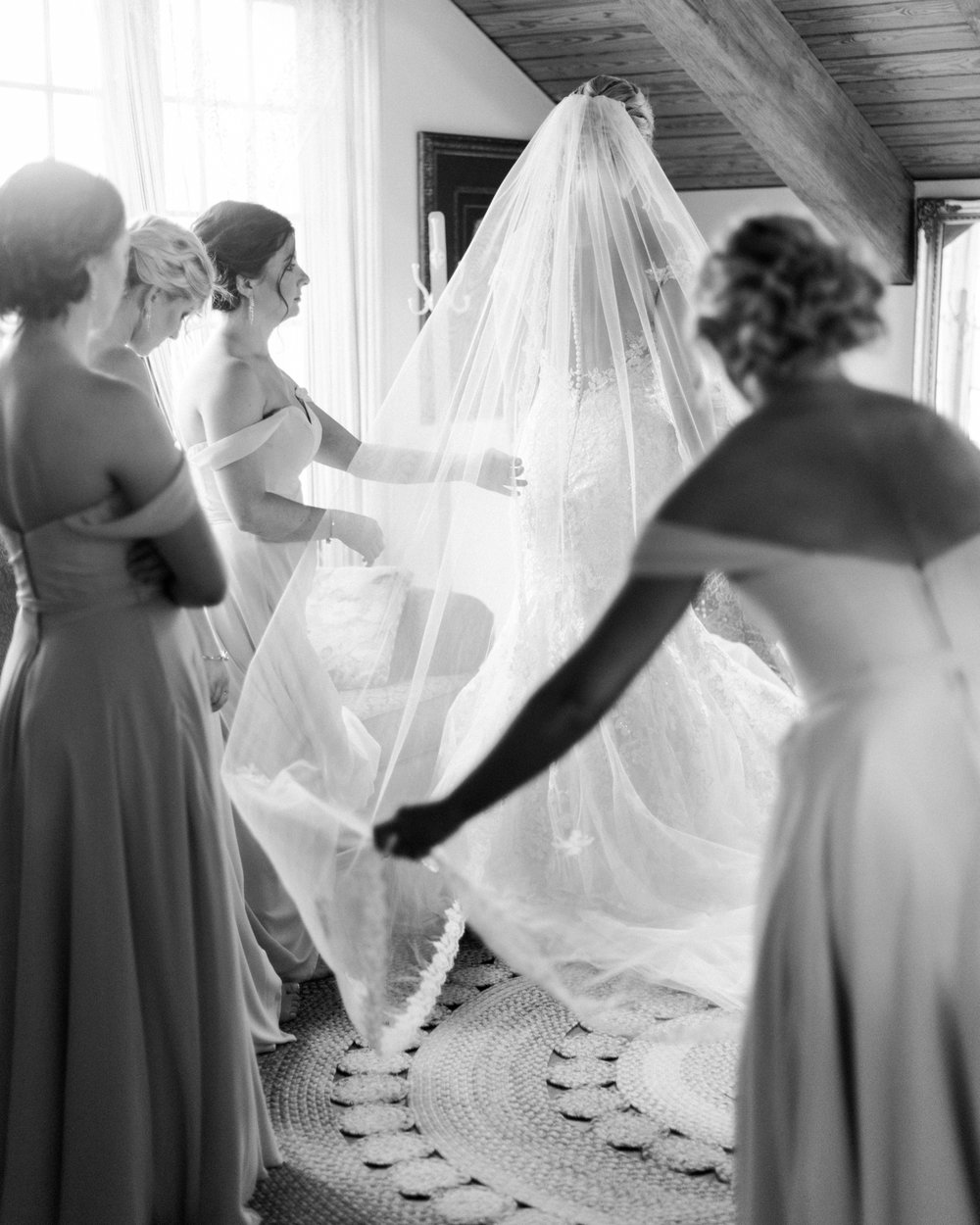 Sorella-farms-barn-wedding-venue-lynchburg-film-photographer-20.jpg