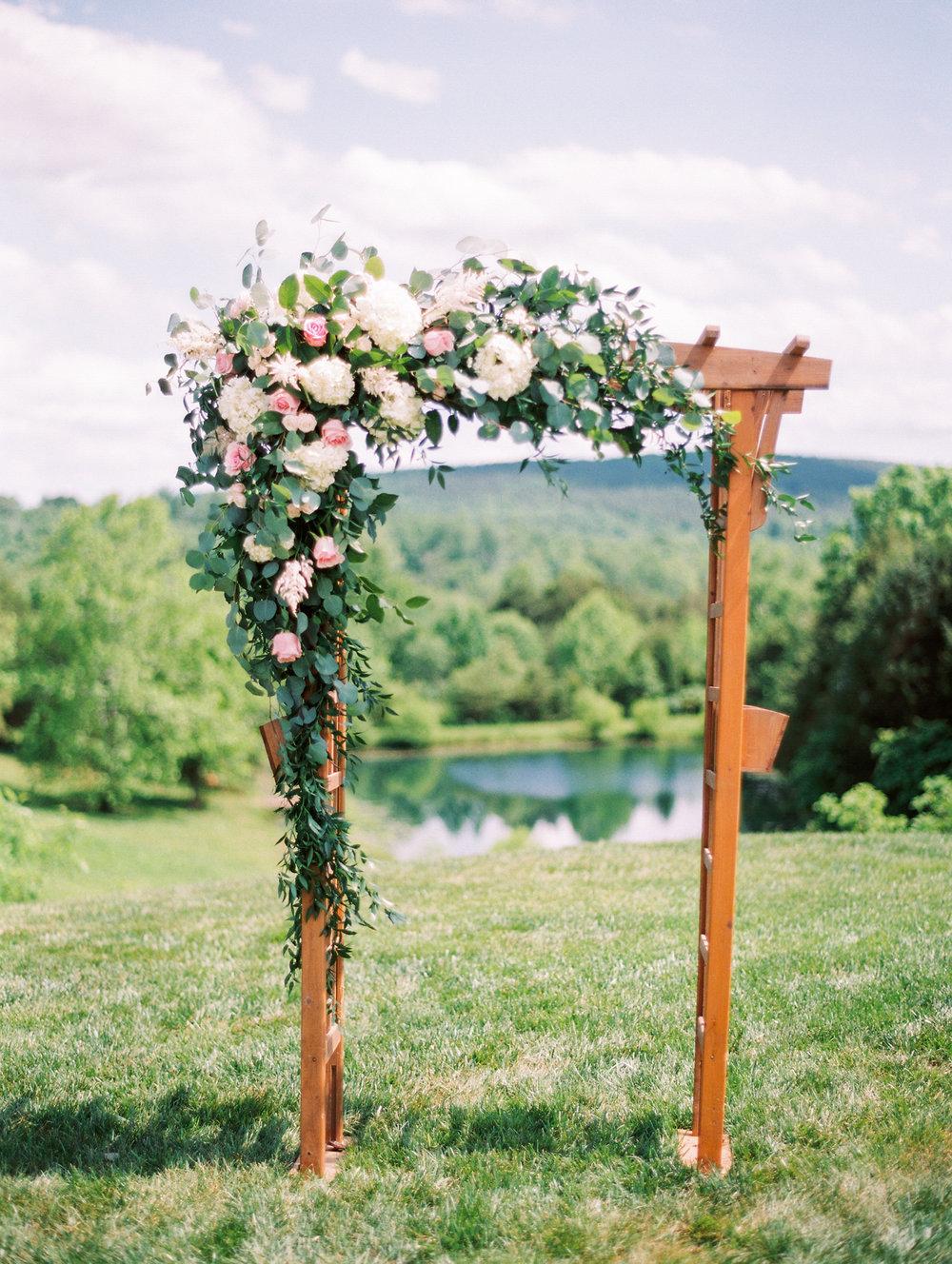 Sorella-farms-barn-wedding-venue-lynchburg-film-photographer-45.jpg