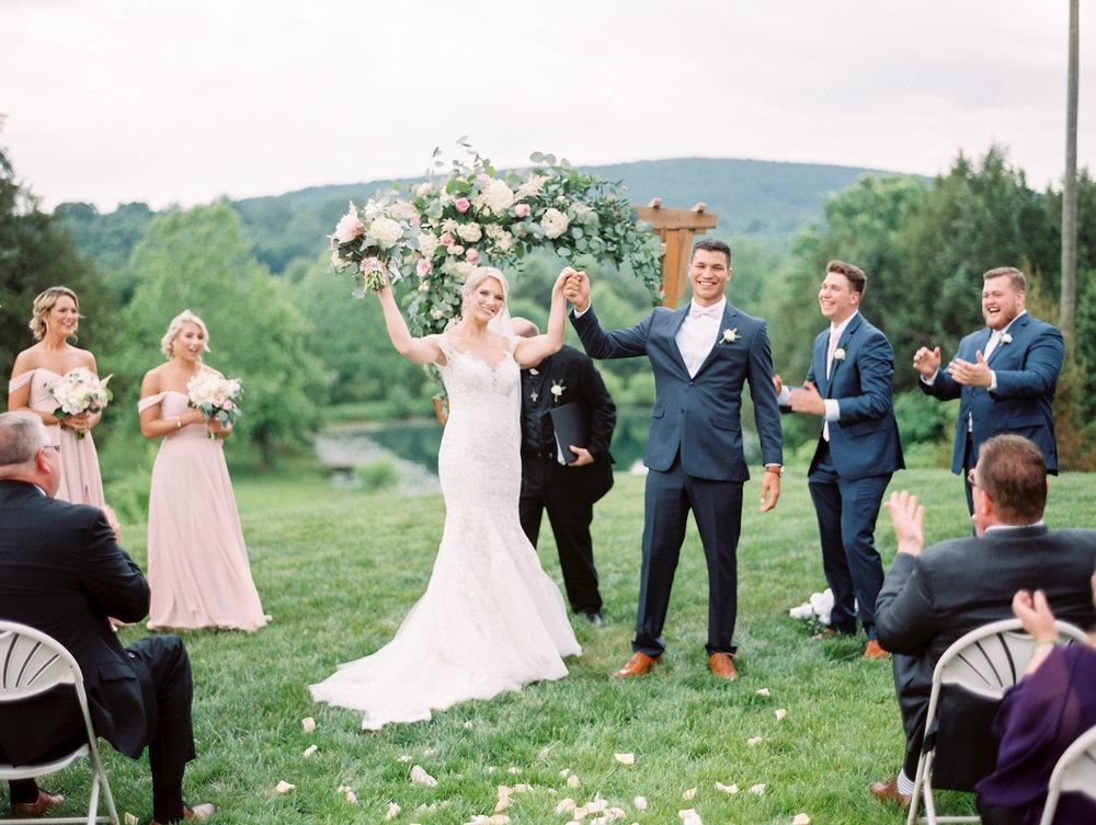 Sorella-farms-barn-wedding-venue-lynchburg-film-photographer-56.jpg