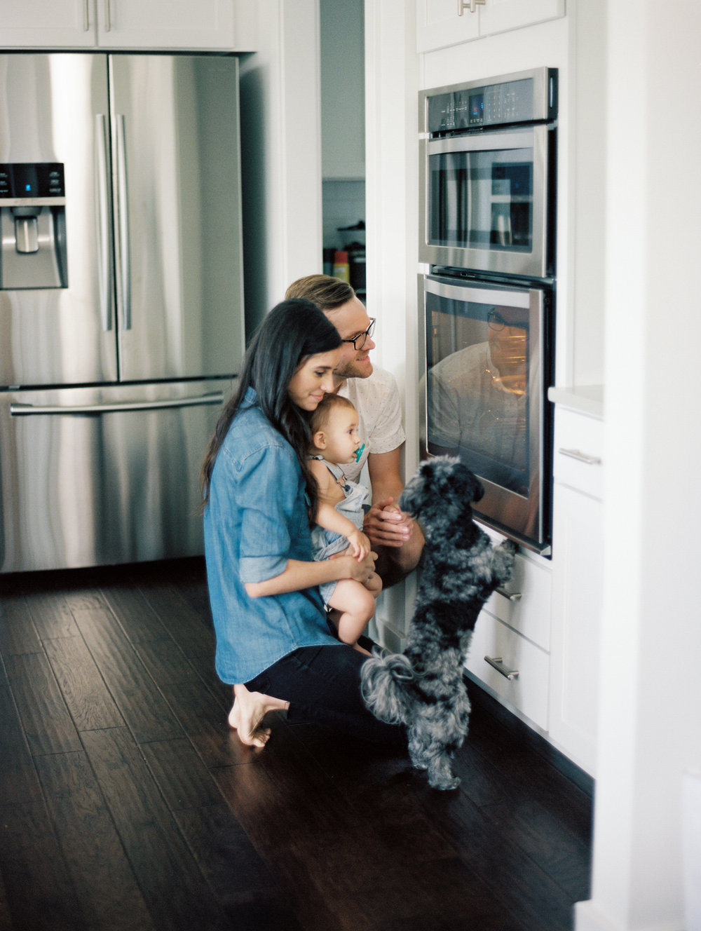 Lynchburg_DC_family_wedding_film_photographer_white_kitchen_baby_announcement-32.jpg