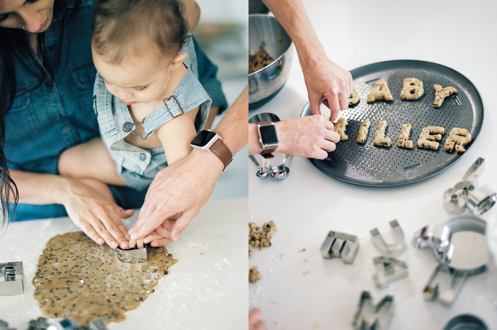 Lynchburg_DC_family_wedding_film_photographer_white_kitchen_baby_announcement-59.jpg
