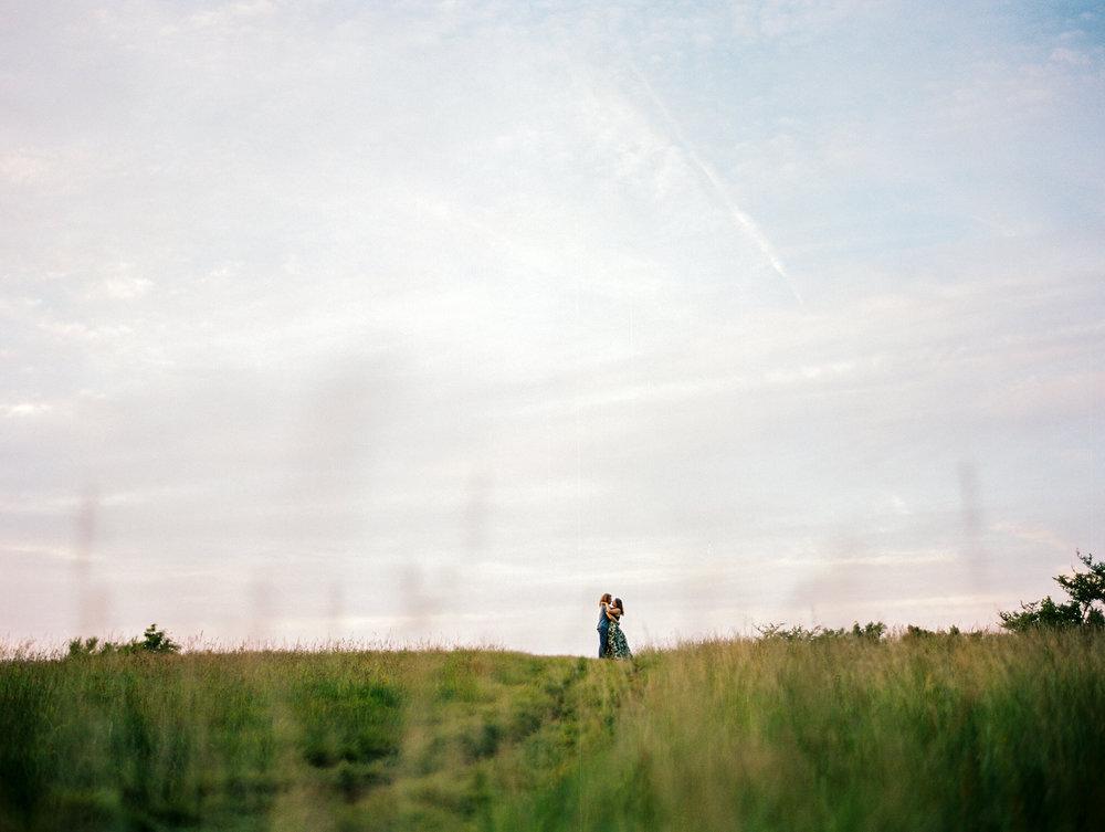 Blue-ridge-mountains-film-wedding-charlottesville-photographer-21.jpg