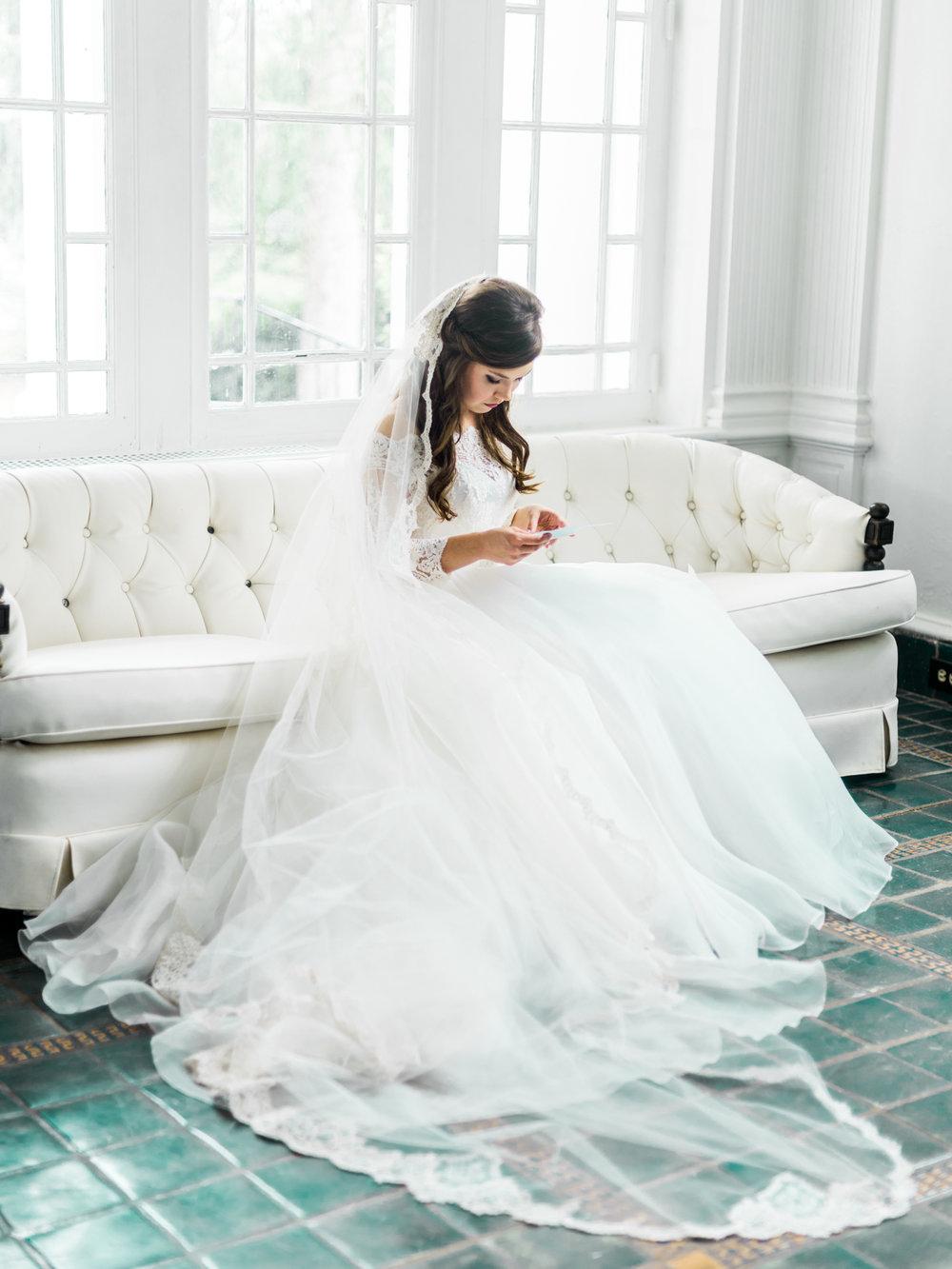gassaway-mansion-greenville-south-carolina-luxury-film-wedding-photographer-7.jpg