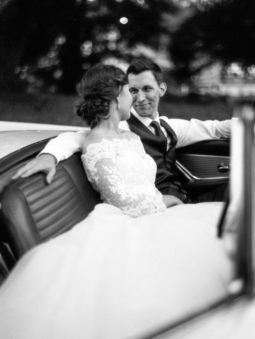 gassaway-mansion-greenville-south-carolina-luxury-film-wedding-photographer-45.jpg