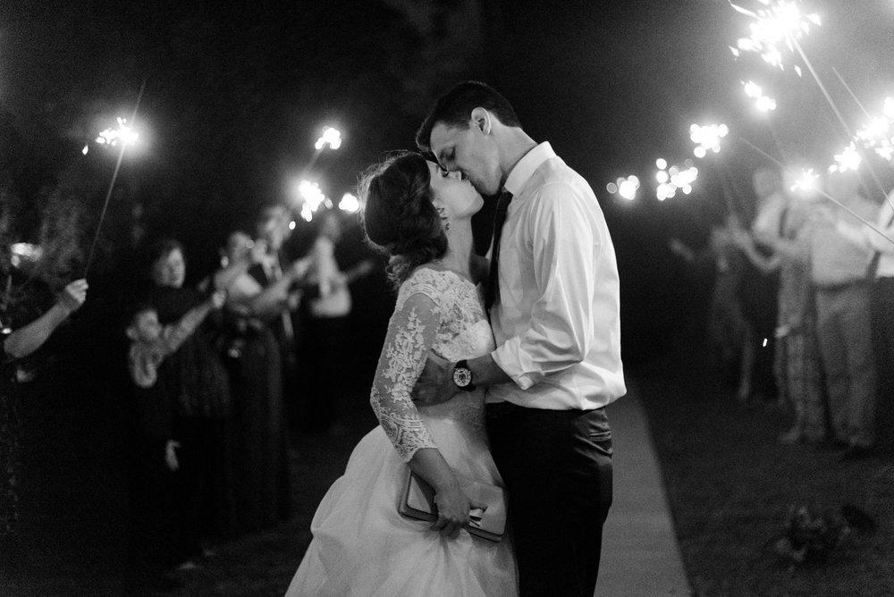 gassaway-mansion-greenville-south-carolina-luxury-film-wedding-photographer-58.jpg