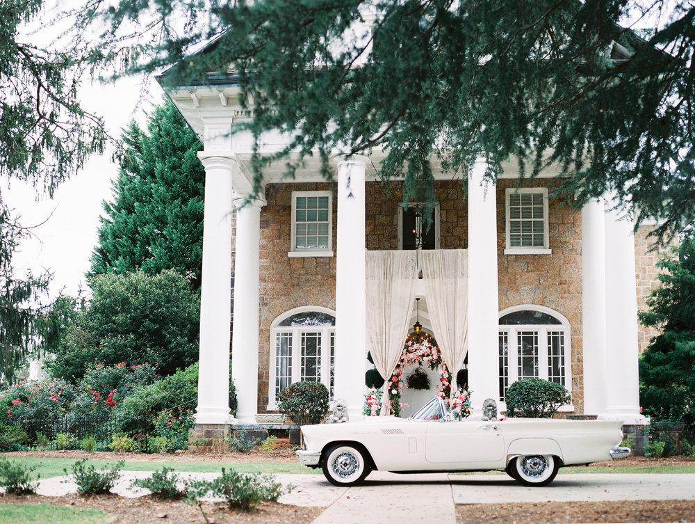 Classy Southern Mansion Wedding