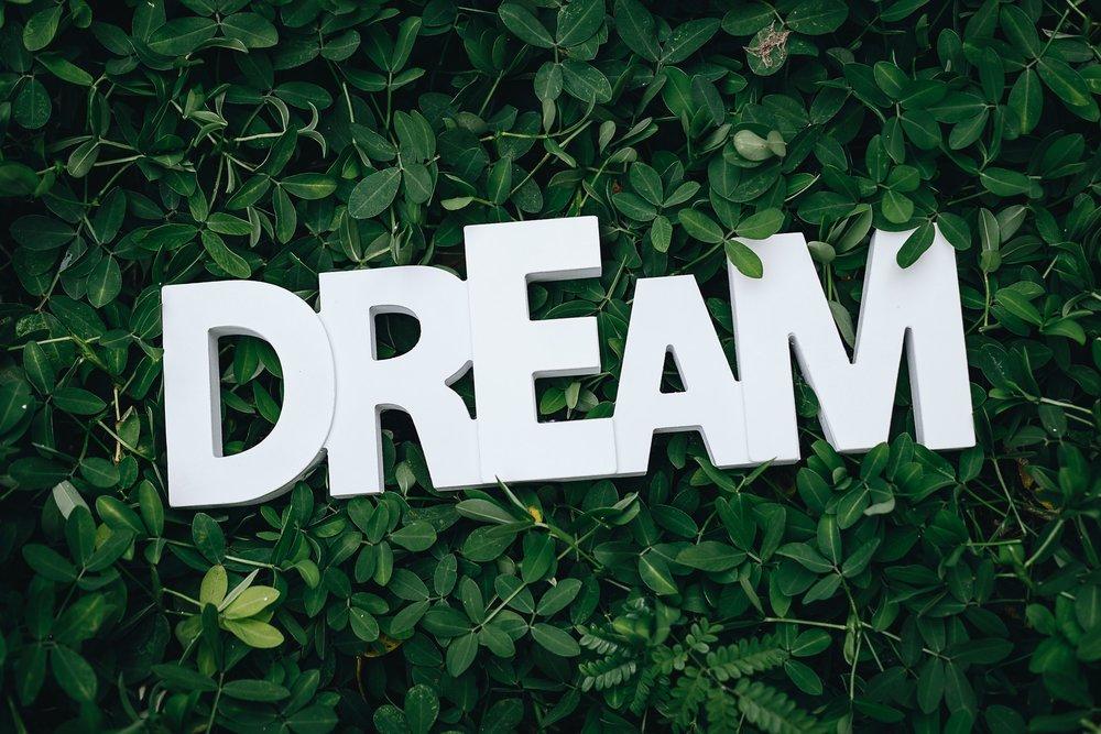 alphabets-close-up-dream-1535907.jpg